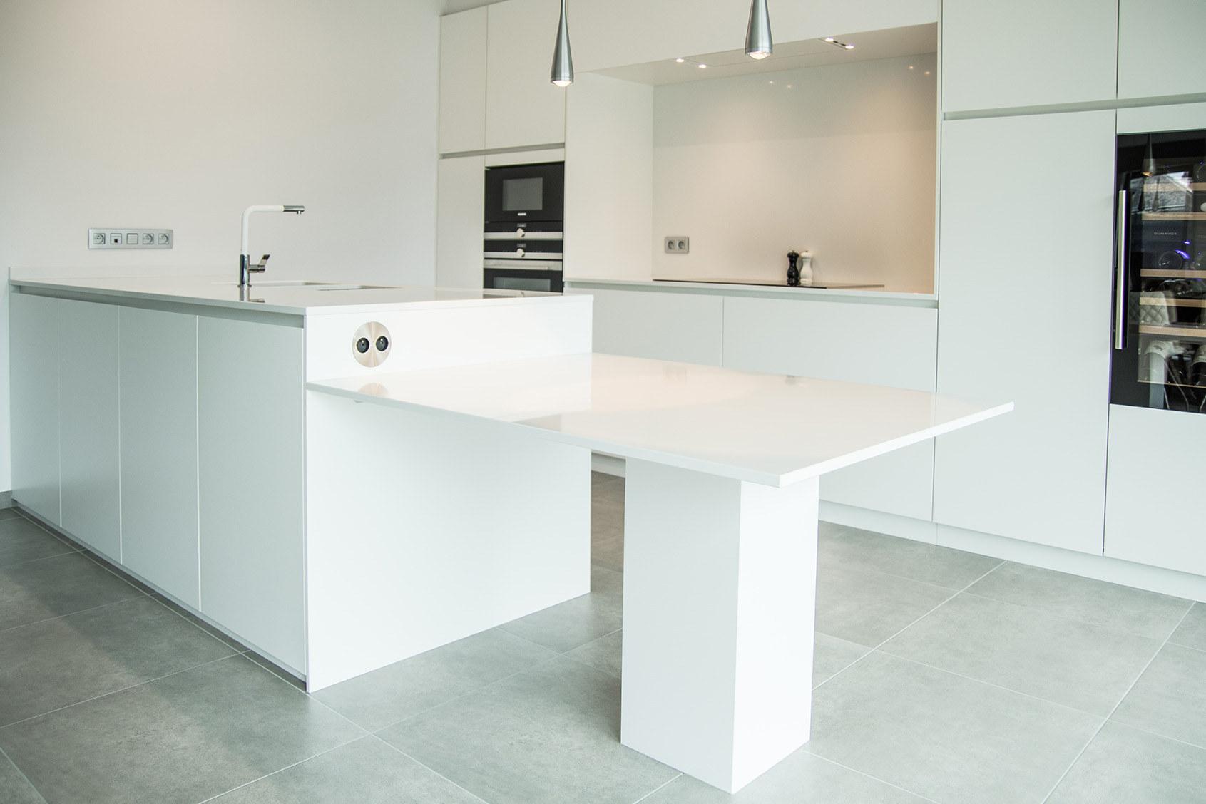 keuken composiet pure white